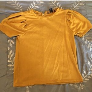 cute yellow shirt from f21!